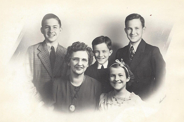 Back left to right: Jim Goulding, Jerry Goulding, Jack Goulding, Front, left to right, Iva Goulding and Joyce Goulding